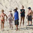 Stacey Keibler, petite amie de George Clooney, profite de ses vacances de Thanksgiving avec quelques amis à Los Cabos au Mexique le 24 novembre 2011