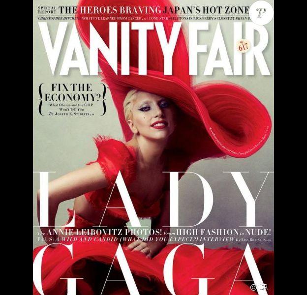 Lady Gaga en couverture de Vanity Fair, shootée par Annie Leibovitz, janvier 2012.