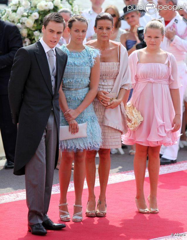 Stéphanie de Monaco, Louis, Pauline et Camille, lors du mariage de CHarlene et Albert en juillet 2011.