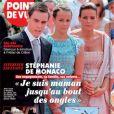 Stéphanie de Monaco en couverture de Point de Vue le 30 novembre 2011.