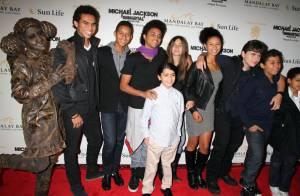 Michael Jackson : Un hommage absolument incroyable devant ses trois enfants