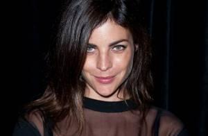 Julia Restoin : Enceinte, la fille de Carine Roitfeld dévoile son projet sexy