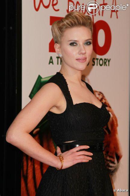 Scarlett Johansson lors de l'avant-première du film We Bought a Zoo à New York le 12 décembre 2011