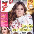 Le magazine  Télé 7 Jours  en kiosques le lundi 2 janvier 2012.