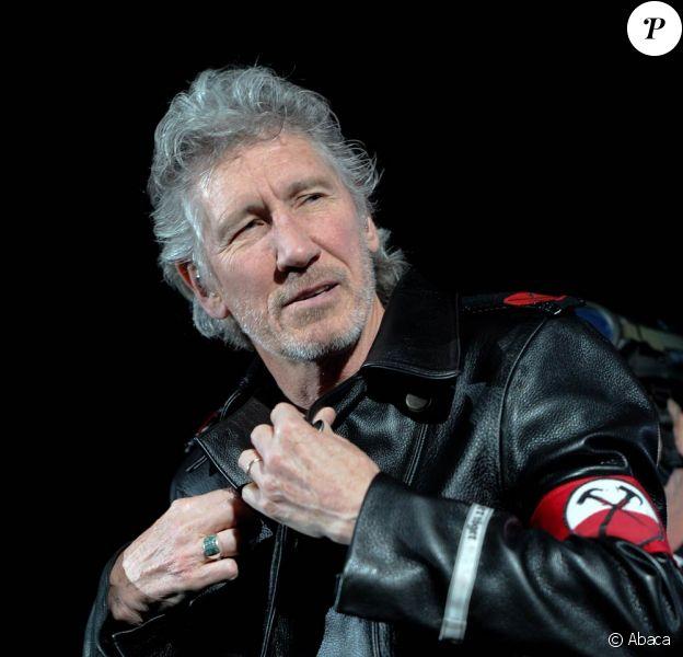 Roger Waters lors de la tournée The Wall Live en 2011. Le 14 janvier 2012, le héros de Pink Floyd s'est marié avec sa fiancée de longue date, Laurie Durning.