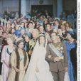 """"""" Mariage de Juan Carlos Ier et Sofia le 14 mai 1962 à Athènes. Quarante ans plus tard, leur union ne tient-elle plus qu'à l'abnégation de la reine ?   L'ouvrage La  Soledad de la reine: Sofia, una vida , biographie non autorisée de la reine Sofia publiée par la spécialiste du genre Pilar Eyre, l'affirme. """""""