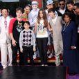 Quincy Jones, Paris, Prince, Blanket, Katherine Jackson et Justin Bieber lors d'une cérémonie hommage à Michael Jackson au cours de laquelle ont été apposées les empreintes du King of Pop au pied du Chinese Theatre de Los Angeles le 26 janvier 2012