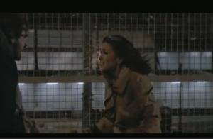 Jenifer : Une scène de ménage et un amour virulent dans le clip de L'amour fou