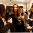Elisa Tovati au lancement du sac Vavavoom de Valentino, vendu en édition limitée et  en  exclusivité au magasin Montaigne Market à Paris, le 25 janvier 2012