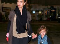 Jessica Alba : working girl et maman toujours stylée