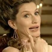 Gisele Bündchen dans les habits de Marie-Antoinette, évite la guillotine