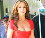 Jennifer Love Hewitt, sublime, sur le tournage de The Client List, le 22 février 2012 à Los Angeles