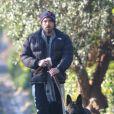 Ben Affleck et son chien à Los Angeles, le 24 février 2012