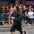 Égérie Revlon et très sportive, Jessica Biel participe à la course organisée par la marque de cosmétiques, à New York le 30 avril 2011.