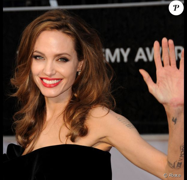Angelina Jolie aux Oscars le 26 février 2012