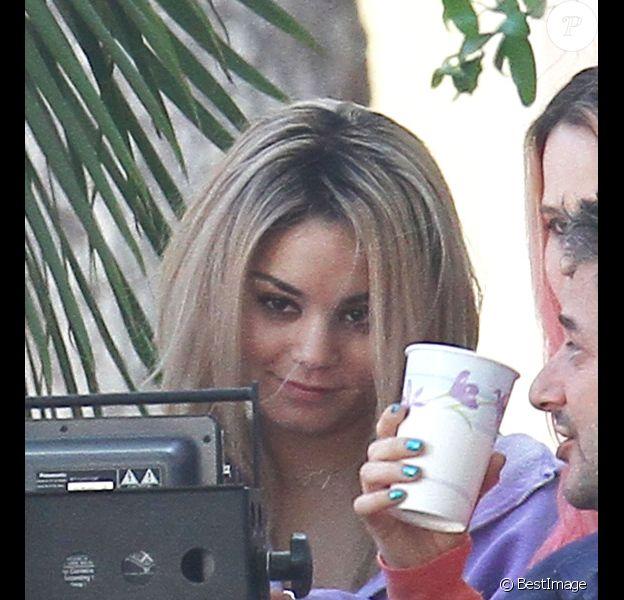 Vanessa Hudgens, devenue blonde, sur le tournage de Spring Breakers, le lundi 5 mars 2012.