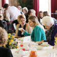 La princesse Maxima au petit-déjeuner Female TOP Talent le 8 mars 2012, date de la journée de la femme.   Après la tragédie familiale qui a frappé la famille royale des Pays-Bas en février 2012 (le prince Friso, victime d'une avalanche, est tombé dans le coma), il a fallu se remettre au travail...