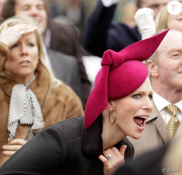 Zara Phillips encourage son ex Richard Johnson au troisième jour de courses du Cheltenham Festival, le 15 mars 2012.