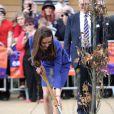 Marraine de l'association East Anglia's Children's Hospices, Kate Middleton a planté un arbre à l'occasion de sa visite inaugurale à The Treehouse, centre de soins pédiatriques d'Ipswich, le 19 mars 2012.