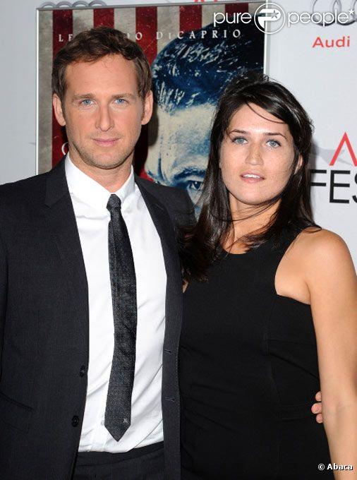 Josh Lucas et son épouse Jessica posent lors des AFI FEST en novembre 2011 à Los Angeles