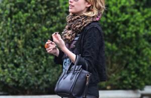 Emma Roberts : Une vie à 100 à l'heure et un look rock à petit prix !
