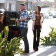 Megan Fox et Brian Austin Green dans les rues de Los Angeles, à la sortie de l'église. Le 1er avril 2012