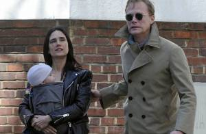 Jennifer Connelly : Promenade complice avec Paul Bettany et leur adorable Agnès