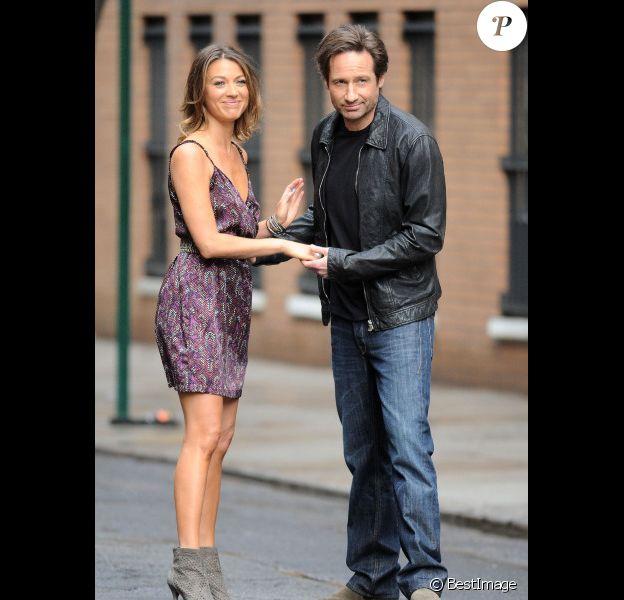 David Duchovny et Natalie Zea, sur le tournage de Californication, à New York, le vendredi 20 avril 2012.