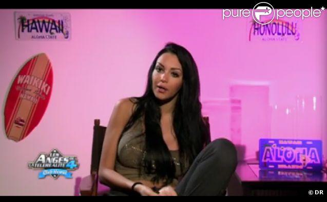Nabila dans Les Anges de la télé-réalité 4 le mardi 24 avril 2012