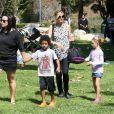 Heidi Klum profite de ses quatre enfants, Leni, Johan, Henry et Lou, à Los Angeles le 6 mai 2012