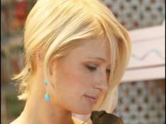PHOTOS : Paris Hilton les aime poilus et à 4 pattes !