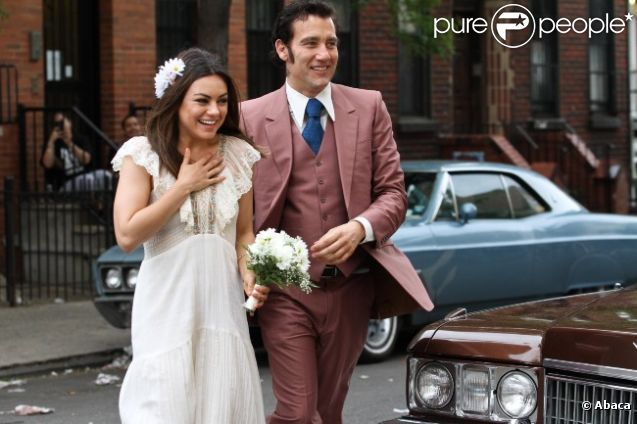 Mila Kunis et Clive Owen lors d'une scène de mariage sur le tournage de  Blood Ties  de Guillaume Canet, à New York le 14 mai 2012.