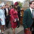 Pippa Middleton à l'église paroissiale d'Aberlady pour le mariage de son amie Camilla Hook avec Sam Holland, petit-fils du réalisateur oscarisé Lord Richard Attenborough, le 19 mai 2012, près d'Edimbourg (Ecosse).