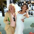Kelly Brook et Leigh Francis sur le photocall du film  Keith Lemon : The Movie . Cannes, le 19 mai 2012.