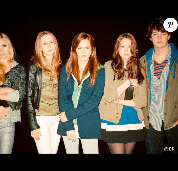 Claire Alys Julien, Taissa Farmiga, Emma Watson, Katie Chang et Israel Broussard dans The Bling Ring de Sofia Coppola.