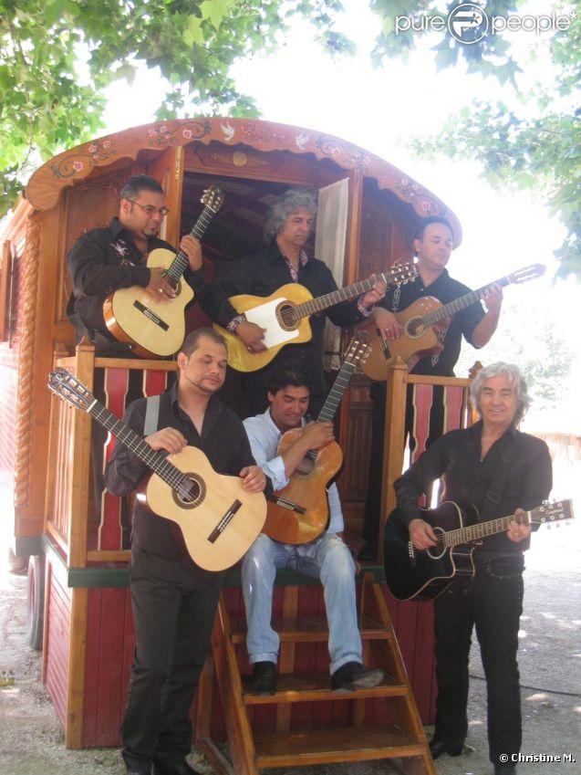 Daniel Guichard et Chico & The Gypsies au Patio de Camargue à Arles  , le 28 mai 2012.