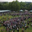 8 000 personnes étaient rassemblées lors de la deuxième garden party à Buckingham Palace, le 29 mai 2012, dans le cadre des célébrations du jubilé de diamant de la reine Elizabeth II.