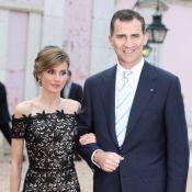 Letizia d'Espagne, avec son mari Felipe, rayonne en dentelle délicate