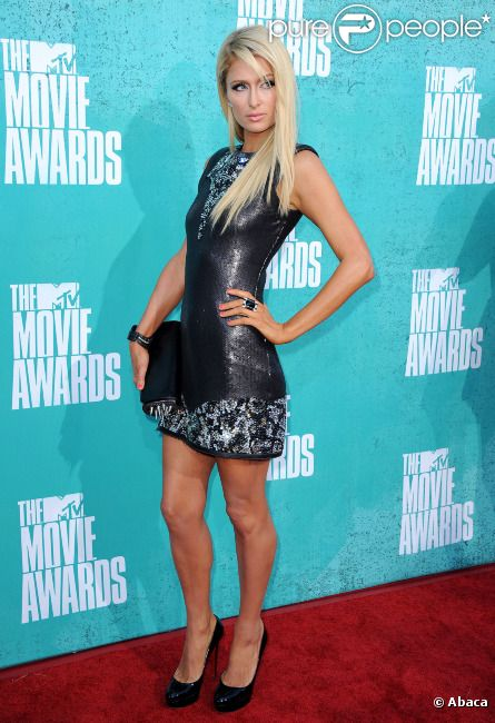 Paris Hilton assiste à la soirée des MTV Movie Awards 2012, à Universal City (Los Angeles), le dimanche 3 juin 2012.