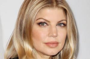 Fergie, très chic aux côtés de Rose McGowan, Hilary Swank et Marc Jacobs en duo