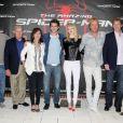 Avi Arad, Marc Webb, Martin Sheen, Sally Field, Andrew Garfield, Emma Stone, Rhys Ifans, Denis Leary et Matt Tolmach lors du photocall de  The Amazing Spider-Man  à New York, le 9 juin 2012.