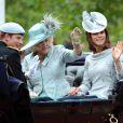 """La duchesse de Cambridge, Kate Middleton lors de la parade militaire """"Trooping the colour"""", à Londres, le 16 juin 2012"""