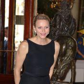 La princesse Charlene de Monaco, très élégante en noir, consacre les diplômés