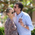 Molly Sims et son mari Scott Stuber en avril 2012 à Los Angeles.