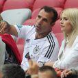 Le père de Sami Khedira et Lena Gercke durant la demi-finale de l'Euro 2012 perdue par l'Allemagne face à l'Italie, le 28 juin 2012 à Varsovie, en Pologne