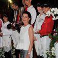 La princesse Caroline de Monaco avec les vainqueurs du Pro-Am Cup de Monaco, prestigieuse épreuve du Jumping de Monaco sponsorisée par Jaeger LeCoultre, le 29 juin 2012.