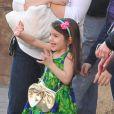 Suri, la fille de Tom Cruise et Katie Holmes le 11 décembre 2009, elle était venue voir son père sur le tournage de Night & Day