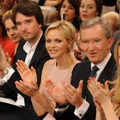 Fashion Week : La princesse Charlene enthousiaste au premier rang du défilé Dior