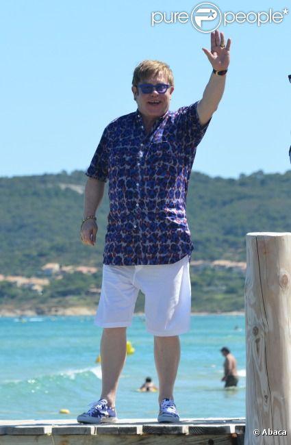 Elton John au Club 55 de St-Tropez, le lundi 16 juillet 2012.