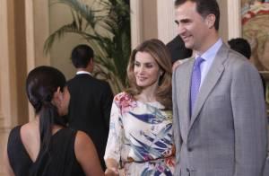 Princesse Letizia : Petite robe fleurie pour intérim de charme avec Felipe